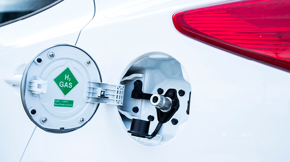 Fuel cap on hydrogen car
